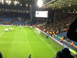 Chelsea players applaud Chelsea fans after 4-0 win at WBA