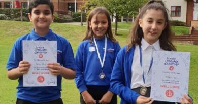 Bannockburn represents in semi finals of national languages competition