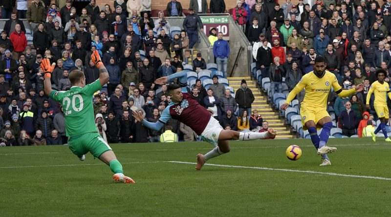 Ruben Loftus-Cheek scores the fourth goal in a 4-0 drubbing of Burnley on Sunday. Photo Sean Gosling