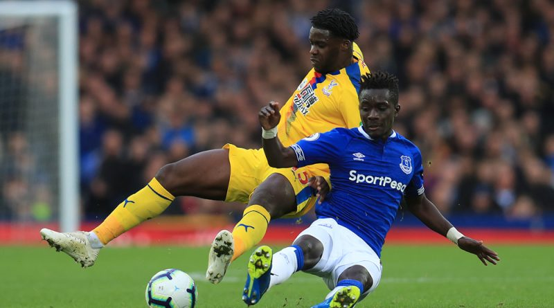 Palace made to suffer with late goals at Goodison Park