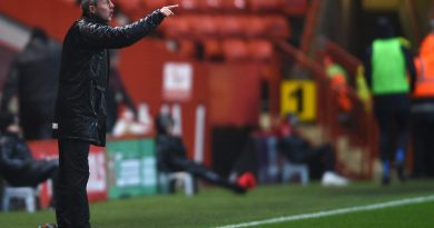 Lyle Taylor needed an injection to face his former side reveals Charlton boss Lee Bowyer