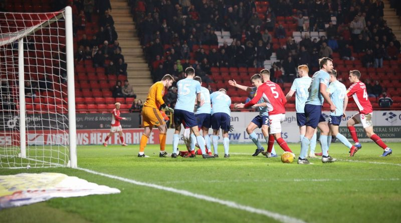 Charlton Athletic to appeal Lyle Taylor red card – and Bowyer on late penalty winner
