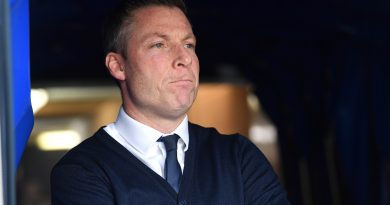 Millwall boss Harris keen to do deal for Eastbourne Borough defender