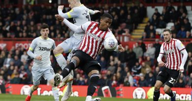 Brentford boss Frank on Crystal Palace transfer link to Ezri Konsa