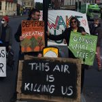 Environmental action group Extinction Rebellion disrupts traffic: 'We must reduce pollution right now'