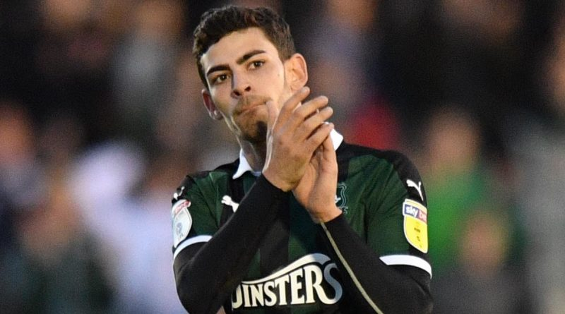 Charlton Athletic transfer target seals move back to Portugal