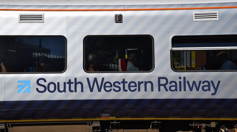 Government and rail bosses slammed after South Western makes loss of £137m