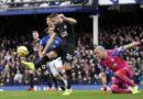 Gary Cahill critical of Crystal Palace's defending in Everton defeat