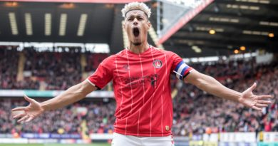 Lyle Taylor will have enjoyed silencing the abusive Luton Town fans, says Charlton boss Lee Bowyer